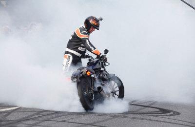 Stuntshow Rainer Schwarz – Magic Bike Rüdesheim 2014
